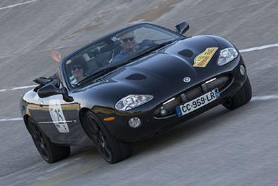 2002 / Jaguar XK-R